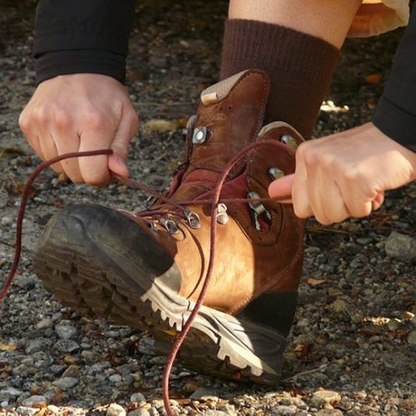 Best-Hiking-Boots-for-Wide-Feet.jpg